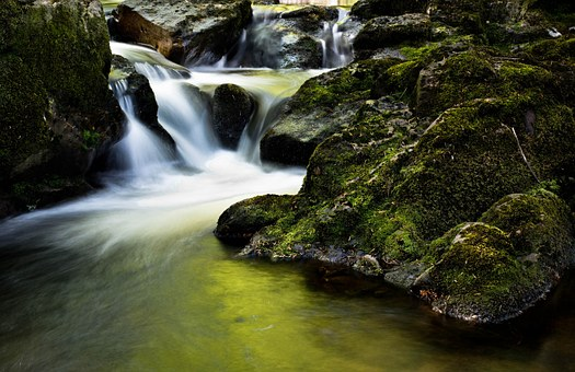 waterfall-204398__340