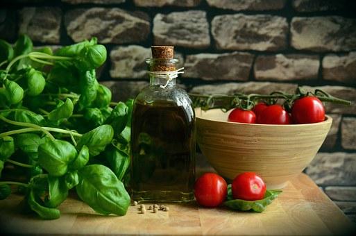 olive-oil-1412361__340