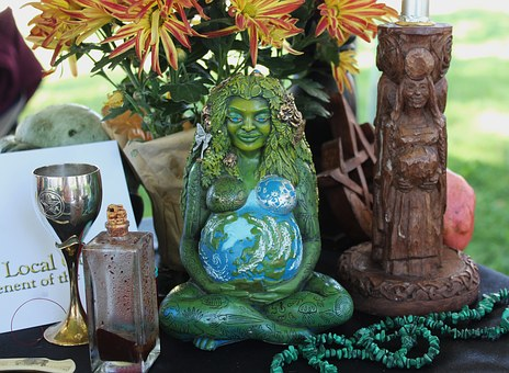 pagan-altar-1034856__340