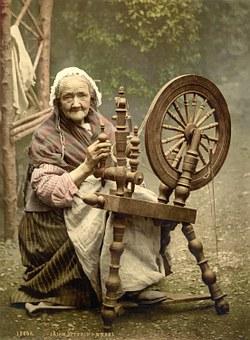 spinning-wheel-63007__340