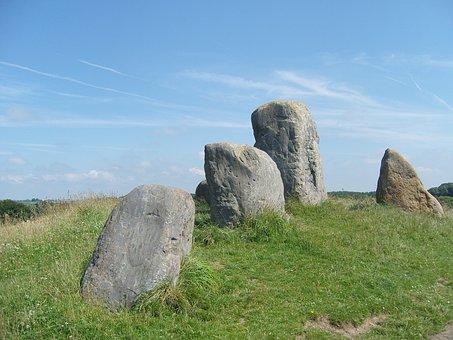 standing-stone-1666104__340